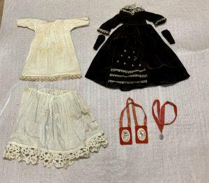 Vestimentas de figura del siglo XVIII