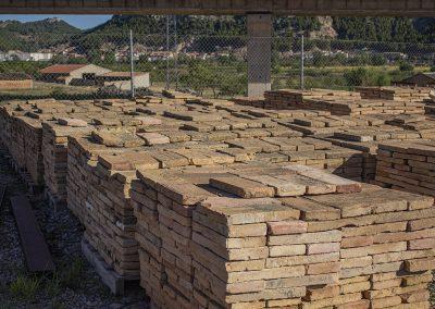 Tejas y ladrillos antiguos