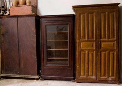 Armarios, librerías y vitrinas antiguas