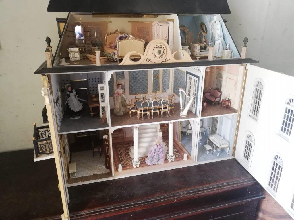 Casas de muñecas antiguas