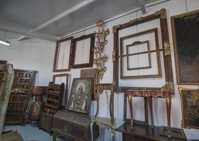 Marcos y cuadros antiguos
