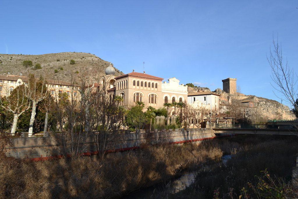 Termas Pallarés, casino y río Jalón en Alhama de Aragón