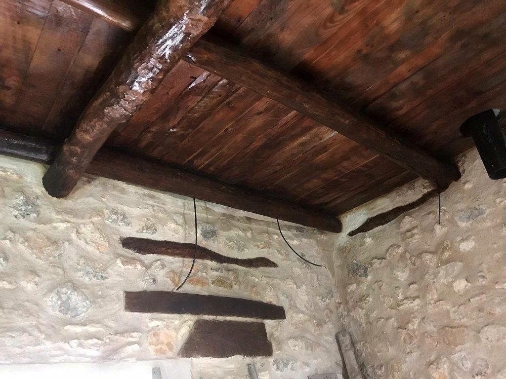Antigüedades en Barcelona, vigas antiguas