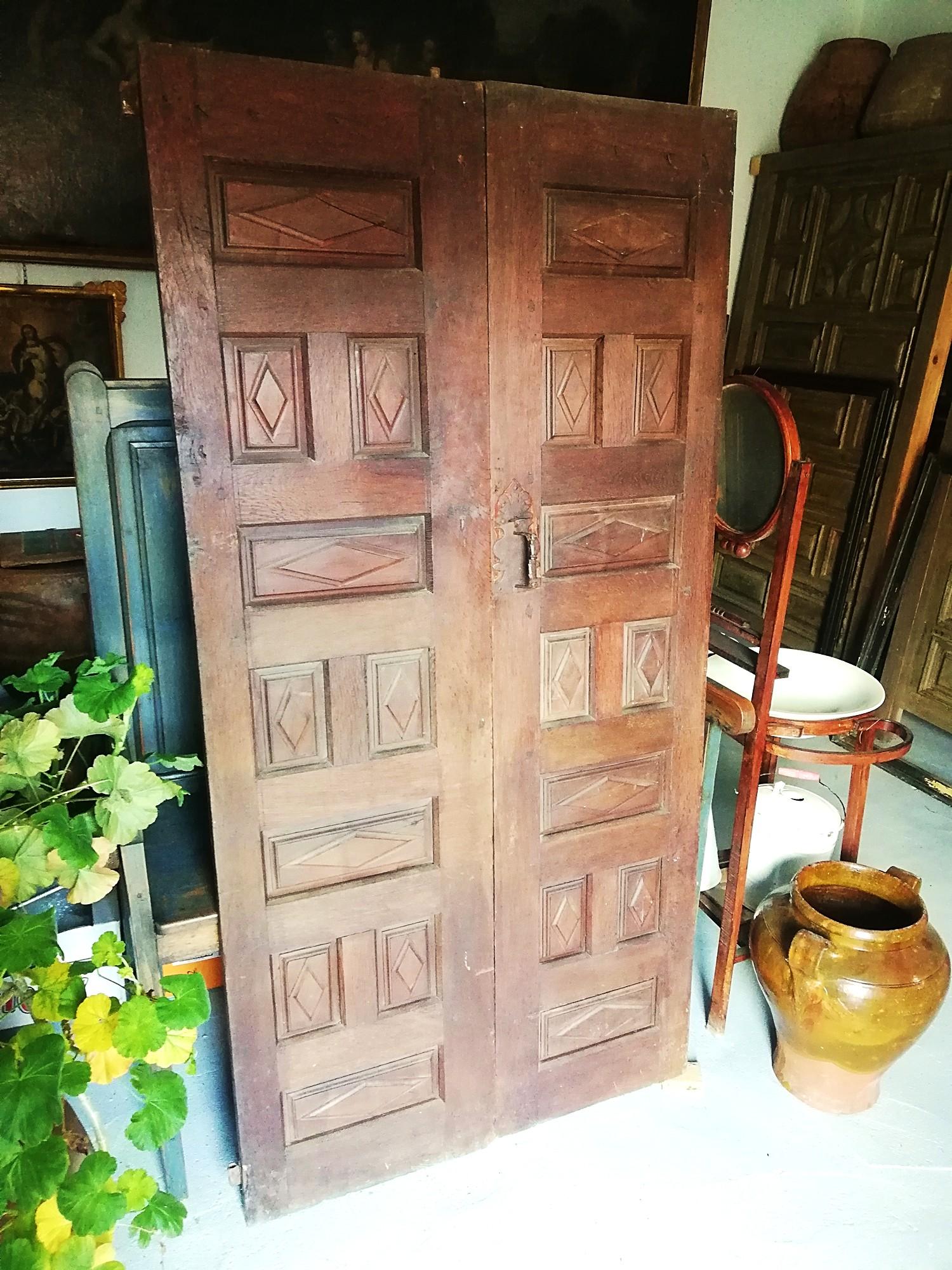 Puertas de derribo, puerta navarra