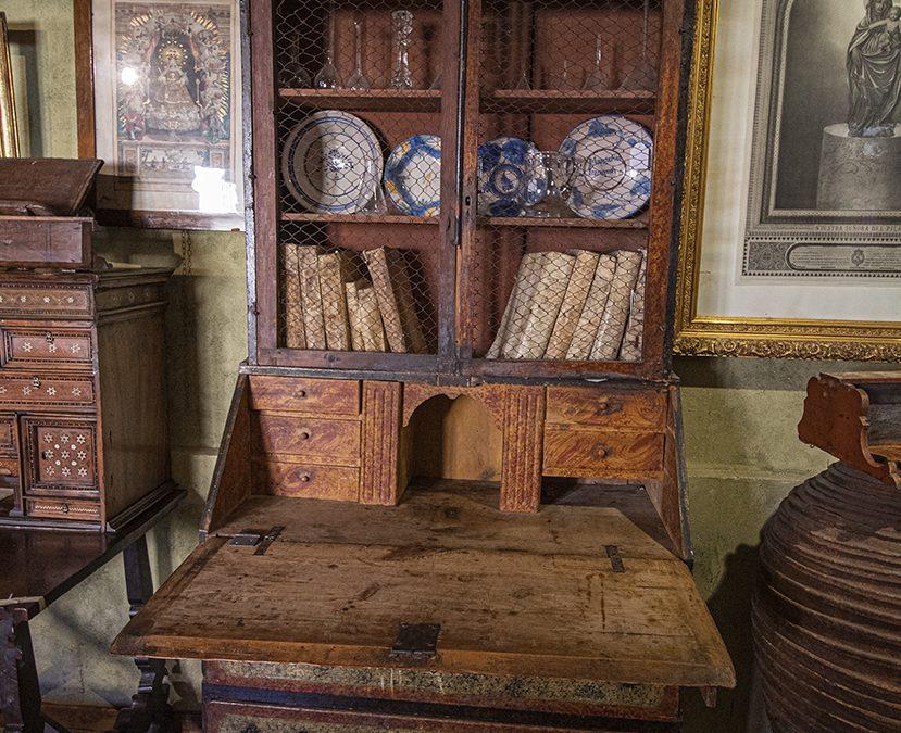Armarios antiguos de los siglos XVII, XVIII y XIX