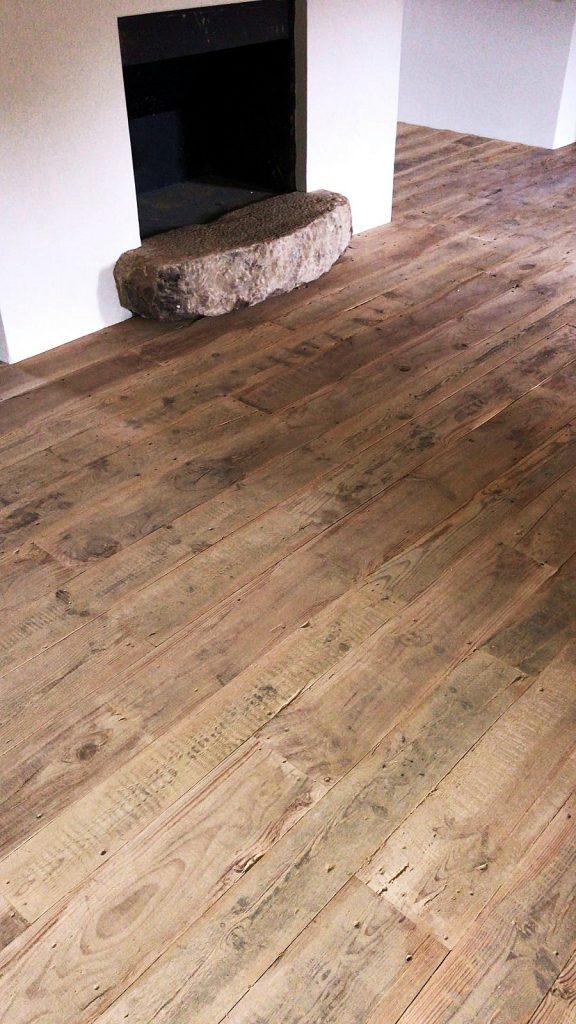 Suelo de madera al natural